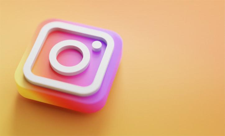 How to Download Instagram Photos Using DownloadGram